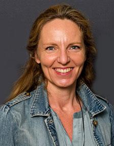 Karin HEMAR